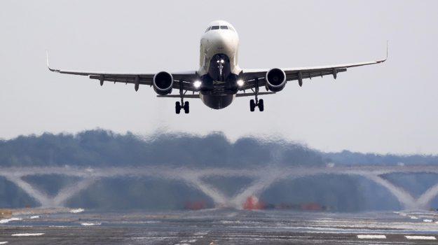 aeroporti, tariffe, voli, Giancarlo Cancelleri, Sicilia, Economia