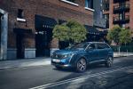 Al via ordini nuovo SUV Peugeot 5008
