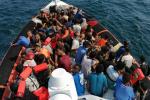 Bruxelles propone il nuovo patto europeo sui migranti