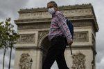 Il Coronavirus avanza in Francia, massimo allarme a Parigi e nelle altre grandi città