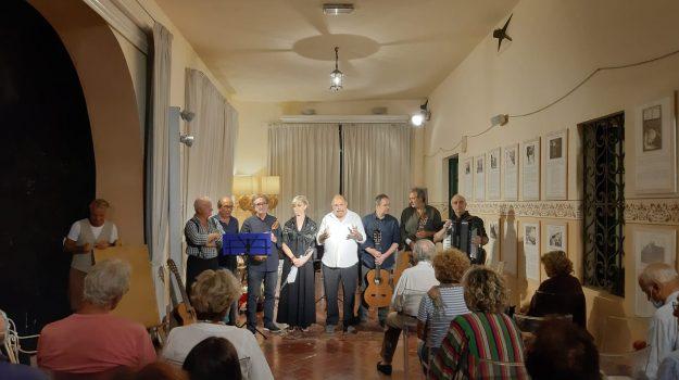 salina, Messina, Sicilia, Cultura