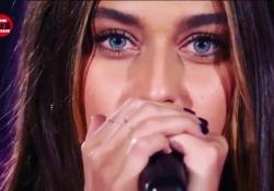 Gaia sul palco di Power Hits Estate: «Giustizia per Willy» La cantante italo brasiliana diventata famosa con «Chega» sul palco della manifestazione di Rtl 125 - Corriere Tv
