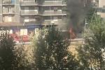 Camion in fiamme vicino allo stadio di Rende, il video della nube nera visibile per chilometri