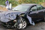 Camion e auto si scontrano tra Paola e San Lucido, ferita una donna