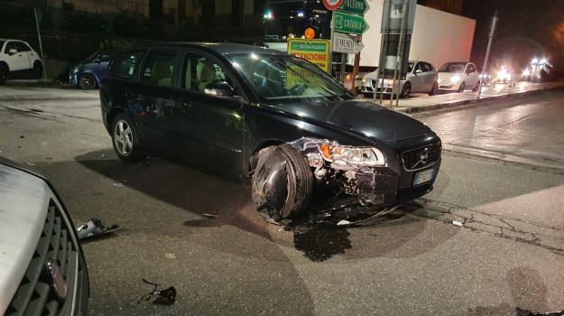 Messina, incidente auto-moto a Boccetta: due feriti