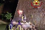 """Sfonda il parapetto e """"vola"""" per 20 metri con l'auto: morto il conducente a San Giovanni in Fiore"""