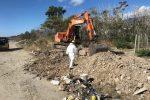 Messina, riprende la bonifica del litorale di Mili dopo lo stop di ferragosto