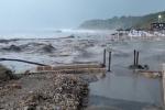 La spiagge di Le Castella distrutta dall'acqua: gli effetti del ciclone mediterraneo sulla Calabria - Video