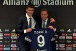 Juventus, Morata mostra la nuova maglia