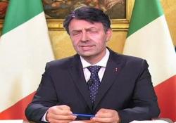 """Neri Marcorè diventa Conte: «Ha chiamato l'Europa, quando ti punta è peggio di quelli della Folletto» Lo sketch durante la puntata di """"DiMartedì"""" su La 7 - Ansa"""