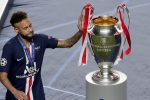 Paris Saint-Germain, tre calciatori positivi al Coronavirus: c'è anche Neymar
