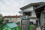 Uccide il figlio di 11 anni e si spara, tragedia vicino Torino: il gesto annunciato su Facebook
