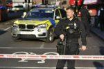 Paura in Inghilterra, un morto e 7 feriti in accoltellamenti a Birmingham