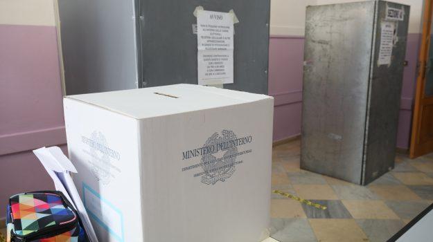 comunali, referendum, Sicilia, Politica