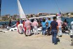 Crotone, ancora uno sbarco di migranti: barca a vela approdata a Le Castella