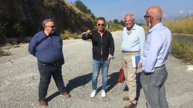 infrastrutture, vibo valentia, Catanzaro, Calabria, Economia