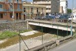 Barcellona, l'alveo del torrente si è innalzato: il Longano fa paura