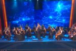 La Women Orchestra omaggia Ennio Morricone, i giudici di Tù sì que vales in lacrime
