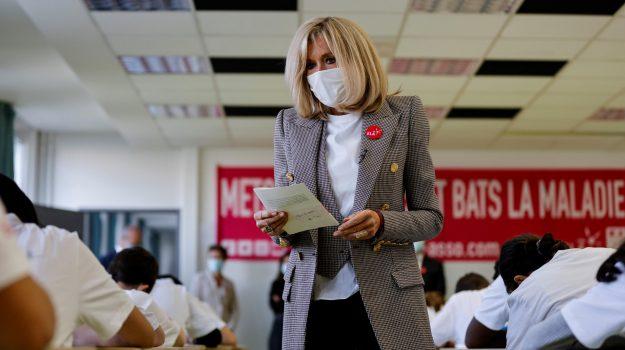 coronavirus, Brigitte Macron, Sicilia, Mondo
