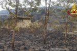 Vasto incendio sulle colline tra S.Stefano di Camastra e Reitano, canadair in azione
