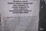 """'Ndrangheta, a Reggio Calabria manifesti di Klaus Davi contro i boss: """"Via dalla città"""""""