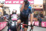Giro d'Italia, O'Connor trionfa a Madonna di Campiglio e Almeida è sempre leader