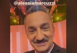 Alessia Marcuzzi positiva al Covid salta Le Iene, Savino: «Lo studio ti aspetta, torna presto» Il conduttore ha postato il video su Instagram - Ansa