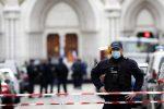 Attentato a Nizza, fermato un uomo: sospetti contatti con il terrorista