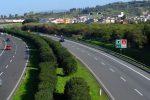 Cas, manutenzione per il ripristino delle barriere incidentate sulla Messina-Catania