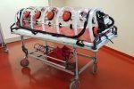 Coronavirus, a Lamezia consegnate 5 barelle di contenimento biologico