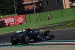 Gp dell'Emilia Romagna, prima fila Mercedes con Bottas e Hamilton. Settimo Leclerc