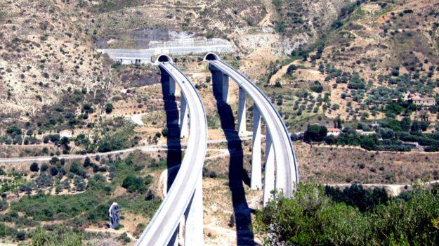 autostrada, cavalcavia, viadotti, Messina, Sicilia, Economia
