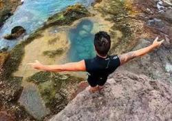 Cliff Diving: il tuffo folle di Gimeno Carlos Gimeno è un tuffatore dalla grandi altezze ed è abituato al rischio - Dalla Rete