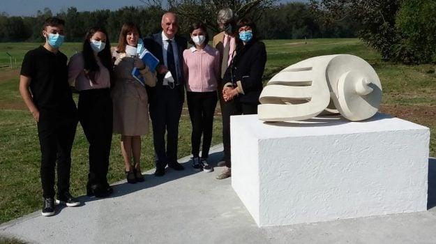 """Concorso nazionale di scultura """"De Aqua et Terra"""", premiati tre studenti vibonesi"""