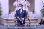 """Coronavirus, Conte in conferenza stampa: """"Sacrifici per affrontare la nuova fase"""""""