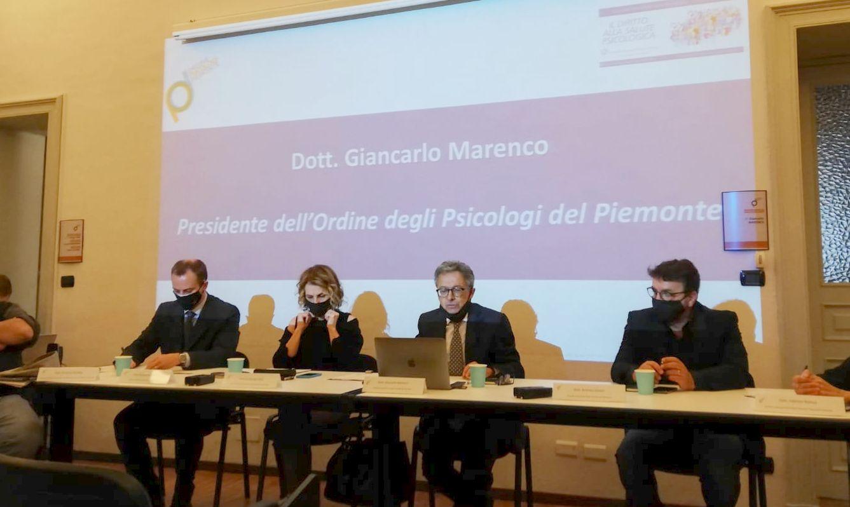 Covid In Piemonte Il 22 Del Personale Sanitario E Stressato Gazzetta Del Sud