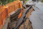 Maltempo, crolla una strada a Belvedere: distrutta la rete del metano