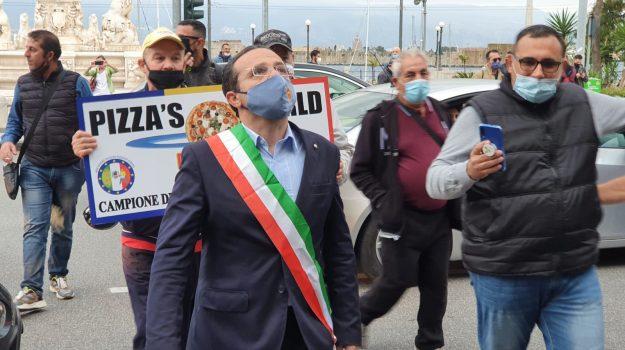 Coronavirus a Messina, protesta dei commercianti: con loro il sindaco De Luca
