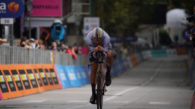 ciclismo, giro, Filippo Ganna, Joao Almeida, Sicilia, Sport