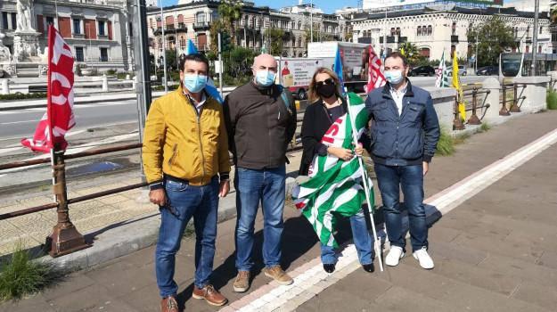 flash mob, scuola, Messina, Sicilia, Cronaca
