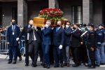 Morte Santelli, aperta la camera ardente: ai funerali presenti Conte e Casellati