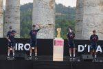 Sicilia pronta per il Giro d'Italia, presentate le squadre a Segesta