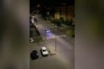 In fuga dai carabinieri tra auto speronate e spari, arrestato a Cosenza dopo un inseguimento