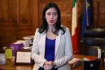 La ministra Azzolina: «Tenere aperta la scuola è la priorità»
