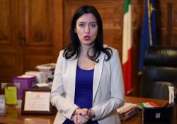 La ministra Azzolina: «Tenere aperta la scuola è la priorità» - Corriere Tv