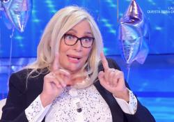 Mara Venier intervistata da Carlo Conti: compie 70 anni e rivela, «Volevo farmi suora» Le rivelazioni della conduttrice di «Domenica In» - Corriere Tv