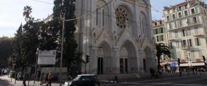 Terrorismo in Francia, tre morti a Nizza e un attacco anche ad Avignone