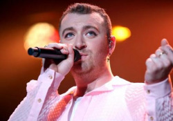 Sam Smith pubblica «Love Goes», ecco il trailer dell'album - Corriere Tv