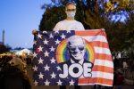 """Biden vicino alla Casa bianca: """"Basta rabbia, il Paese torni unito"""""""