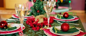 Shopping, cenone, Messa, scuola, spostamenti per Natale e Capodanno. Oggi il Dpcm?